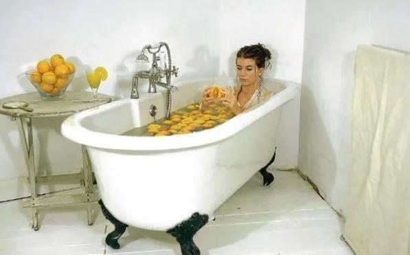 Ванна с апельсиновым маслом