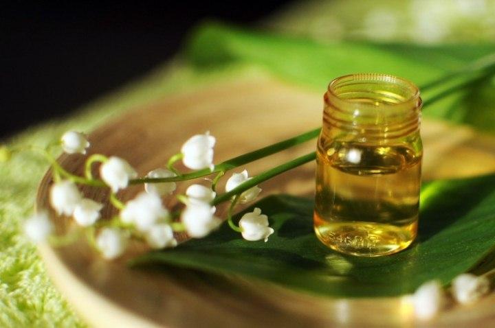 Способы применения масла ландыша