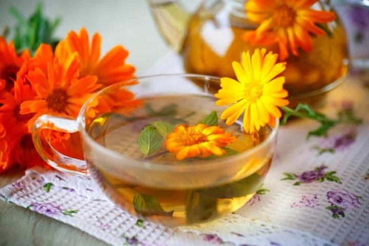 Масло чайного дерева с отваром календулы