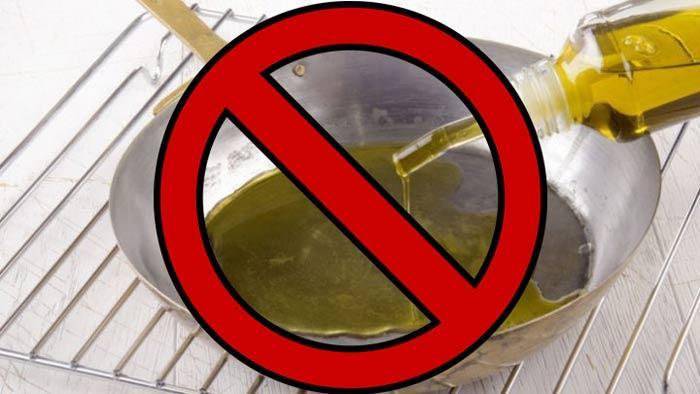 Каким должно быть льняное масло на вкус и можно ли на нем жарить?